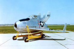 Le McDonnell XF-85 Goblin, dit l'oeuf volant