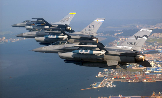 avion de chasse f-16